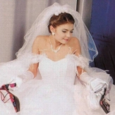 Алина Кабаева в свадебном палтье