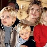 Наталья Водянова - модель и многодетная мать