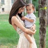 Зара со своим ребенком