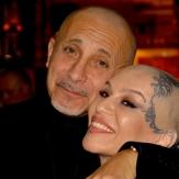 Певица Наргиз Закирова с мужем Филипом Бальзано