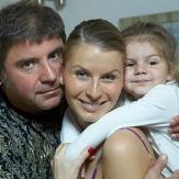 Сосо Павлиашвили с женой Ириной Патлах и дочерью фото