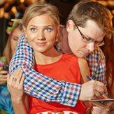 Гарик Бульдог Харламов с женой фото
