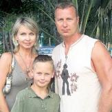 Олег Штефанко с супругой и сыном