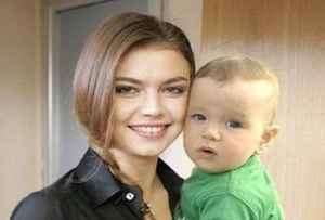 Rebenok_Aliny_Kabaevoj