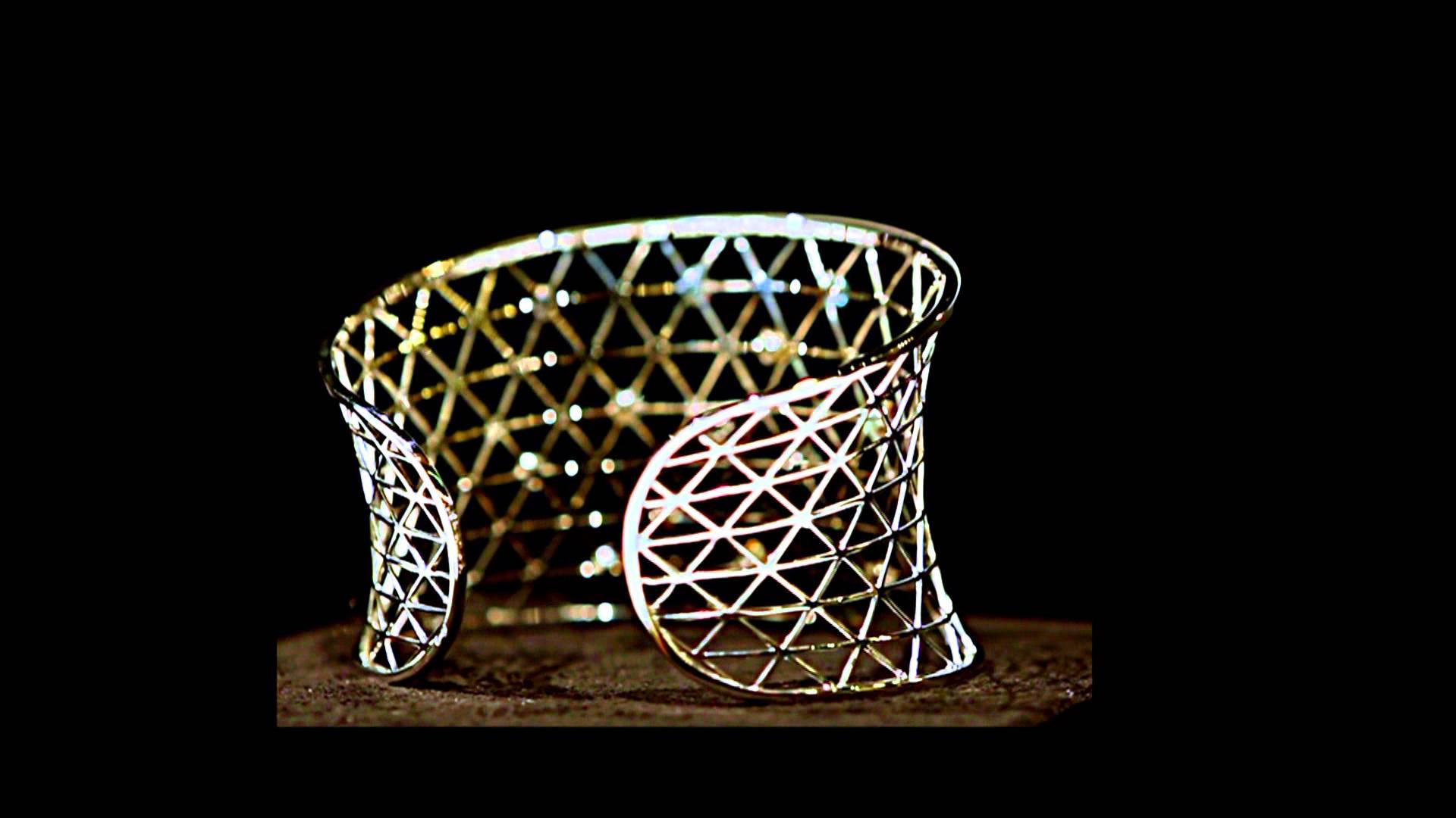Браслеты с бриллиантами: выбор, характеристики и описание изделий