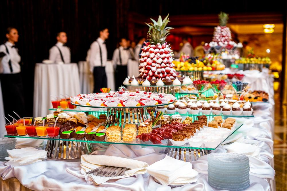 Основные правила успешной организации банкета в кафе или ресторане