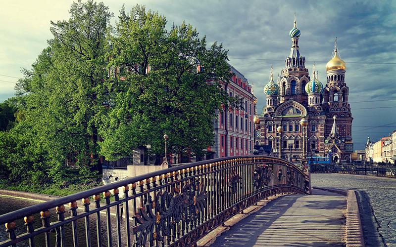 Как забронировать гостиницу онлайн в Санкт–Петербурге?